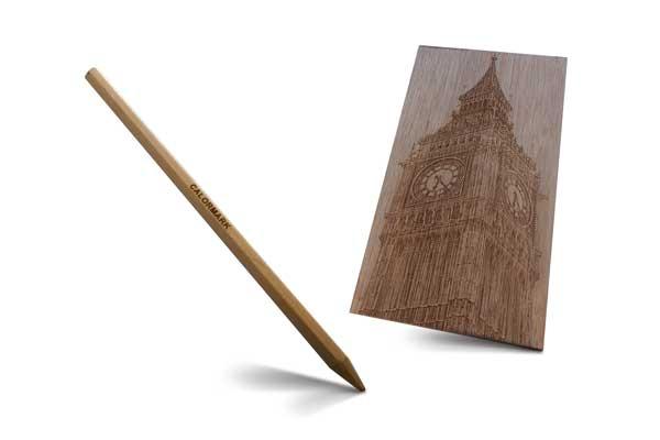 Het graveren van hout op een foto